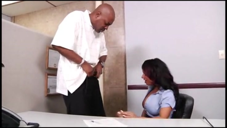 video porno, secr�taire chaudasse duree 37:38 - le 27.03.2015 17:39:51