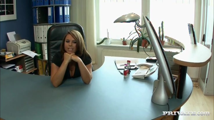 video porno, secr�taire chaudasse duree 23:03 - le 27.03.2015 17:39:58