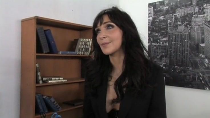 video porno, secrétaire chaudasse duree 14:05 - le 27.03.2015 17:40:27