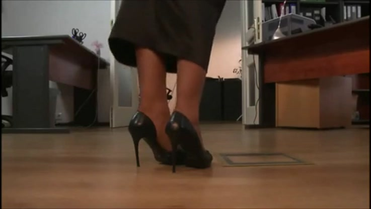 video porno, secrétaire chaudasse duree 12:04 - le 27.03.2015 17:40:37