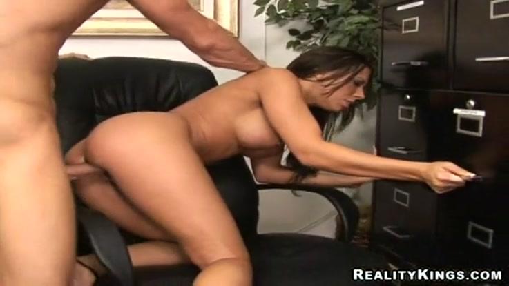 video porno, secrétaire chaudasse duree 06:04 - le 27.03.2015 17:40:42