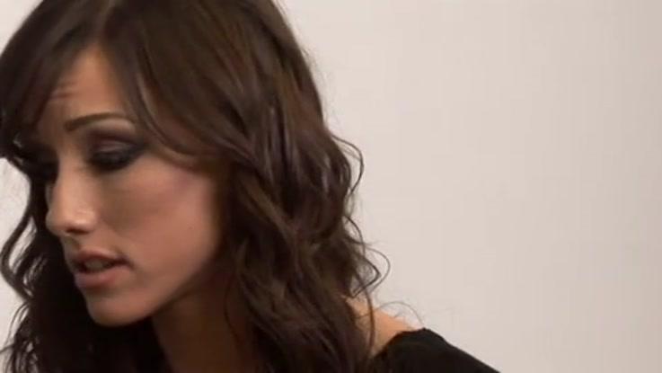 video porno, secrétaire chaudasse duree 20:28 - le 27.03.2015 17:40:47